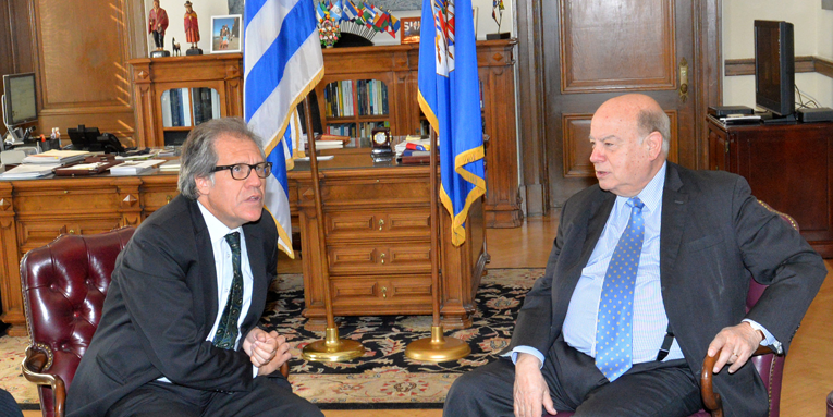 Secretary General Receives Foreign Minister of Uruguay in 2015 (photo: Maria Patricia Leiva/OAS)